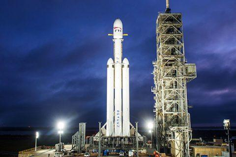 SpaceX Lanceert Dit Weekend Internetsatellieten Met Falcon 9-raket