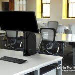 Samsung Werkt Aan Gemotoriseerde Monitorstandaard Om Zithouding Te Verbeteren